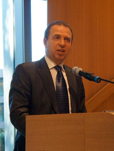 Советник-посланник Посольства РФ в Нидерландах Борис Анатольевич Жилко