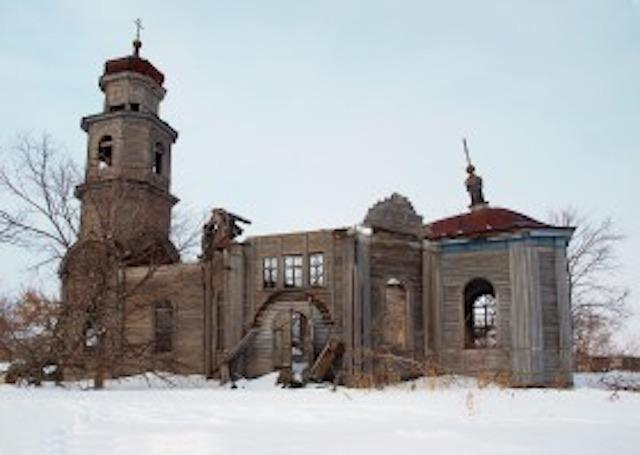 Одной деревянной церковью XIX века в России стало меньше