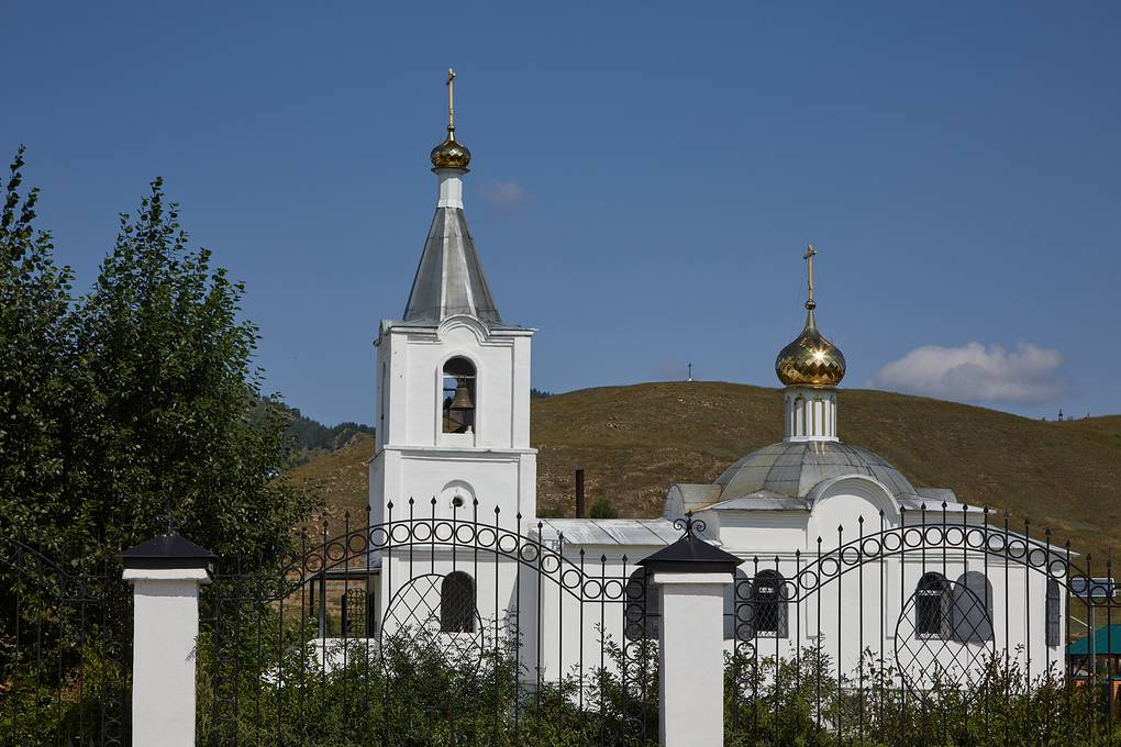 Крестовоздвиженский храм в Тарбагатае Вера Костамо/ТАСС