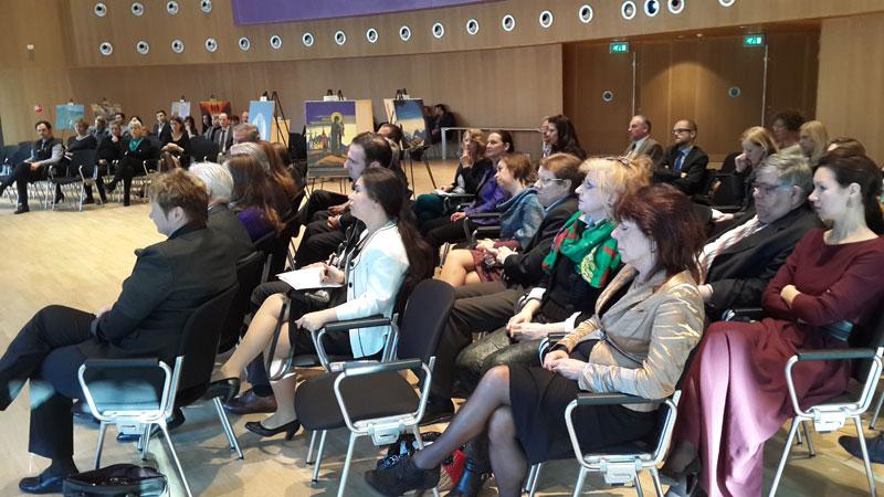 На открытии выставки «Пакт Рериха. История и современность» в Гааге