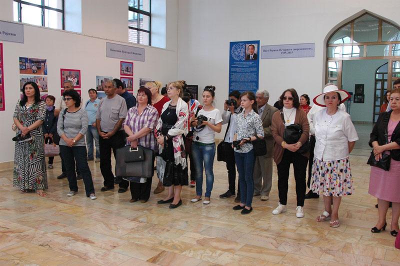 На открытии выставочного проекта в Узбекистане