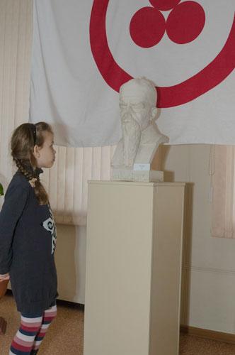 На открытии выставки «Пакт Рериха. История и современность» в Прокопьевске