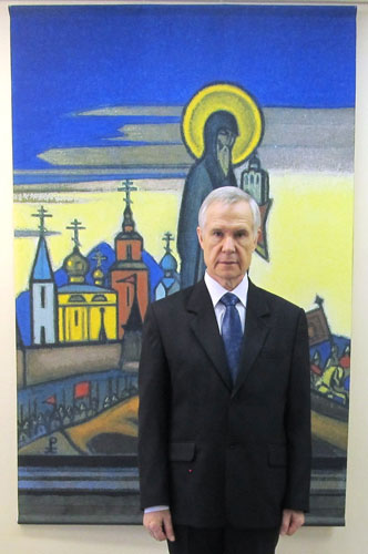 Руководитель городского центра «Мир через Культуру» Борис Романович Биказаков