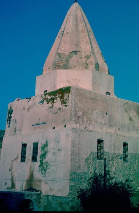 Гробница имама Аун аль-Дин.
