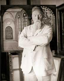 Н.К.Рерих у своей картины «Слава Герою». Не ранее 1933